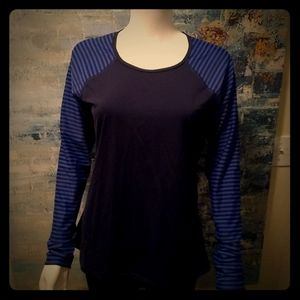 Athleta.Top- New w/ out tags, Size Large